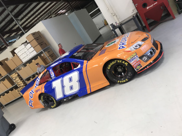 """HSR Reveals """"Days of Thunder"""" #ThompsonThrowback Scheme To Kick Off Month of Racing"""